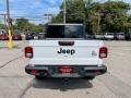 Jeep Gladiator Willys 4x4 Bright White photo #10