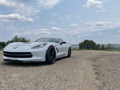 Arctic White 2018 Chevrolet Corvette Stingray Coupe