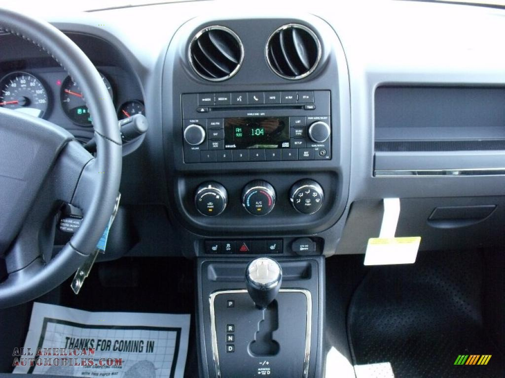 2010 jeep patriot sport in optic green metallic photo 9 515895 all american automobiles. Black Bedroom Furniture Sets. Home Design Ideas