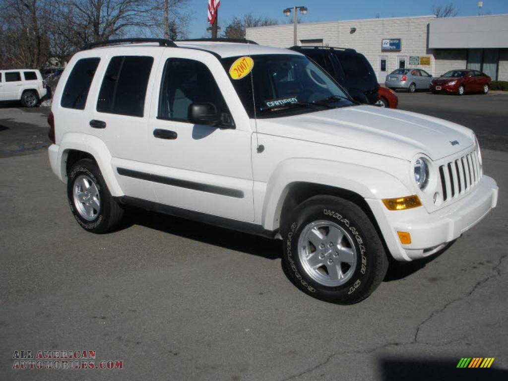 2007 jeep liberty sport 4x4 in stone white 696902 all american automobiles buy american. Black Bedroom Furniture Sets. Home Design Ideas