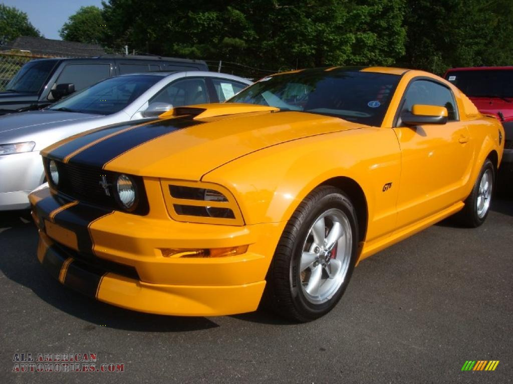 2007 ford mustang v6 deluxe coupe in grabber orange photo 3 grabber orange dark charcoal ford mustang v6 deluxe coupe publicscrutiny Image collections