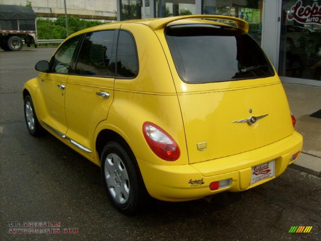 2006 chrysler pt cruiser street cruiser route 66 edition in solar yellow photo 3 258279 all. Black Bedroom Furniture Sets. Home Design Ideas
