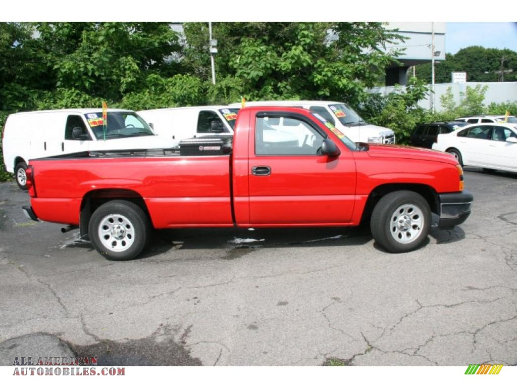 2007 chevrolet silverado 1500 classic work truck regular cab in victory red photo 4 165594. Black Bedroom Furniture Sets. Home Design Ideas