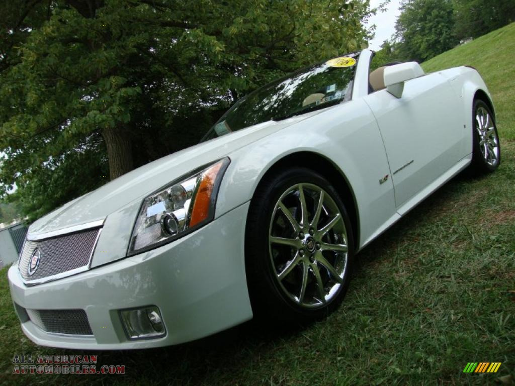 2008 Cadillac Xlr V Series Roadster In Alpine White