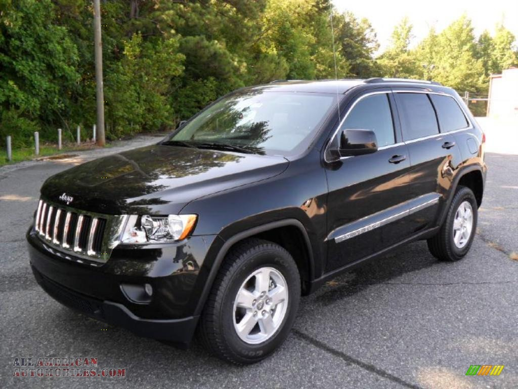 2011 jeep grand cherokee black 200 interior and exterior images. Black Bedroom Furniture Sets. Home Design Ideas