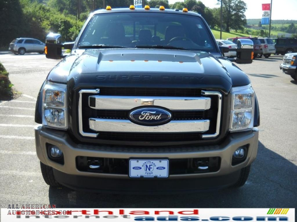 2011 F450 Super Duty King Ranch Crew Cab 4x4 Dually - Tuxedo Black
