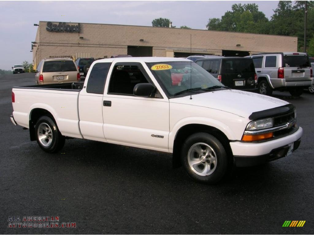 2003 chevrolet s10 ls extended cab in summit white photo 3 110628 all american automobiles. Black Bedroom Furniture Sets. Home Design Ideas