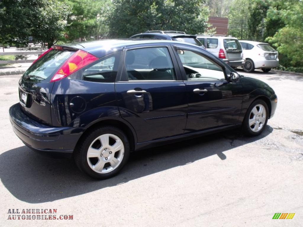 2003 Ford Focus Zx5 Hatchback In Twilight Blue Metallic