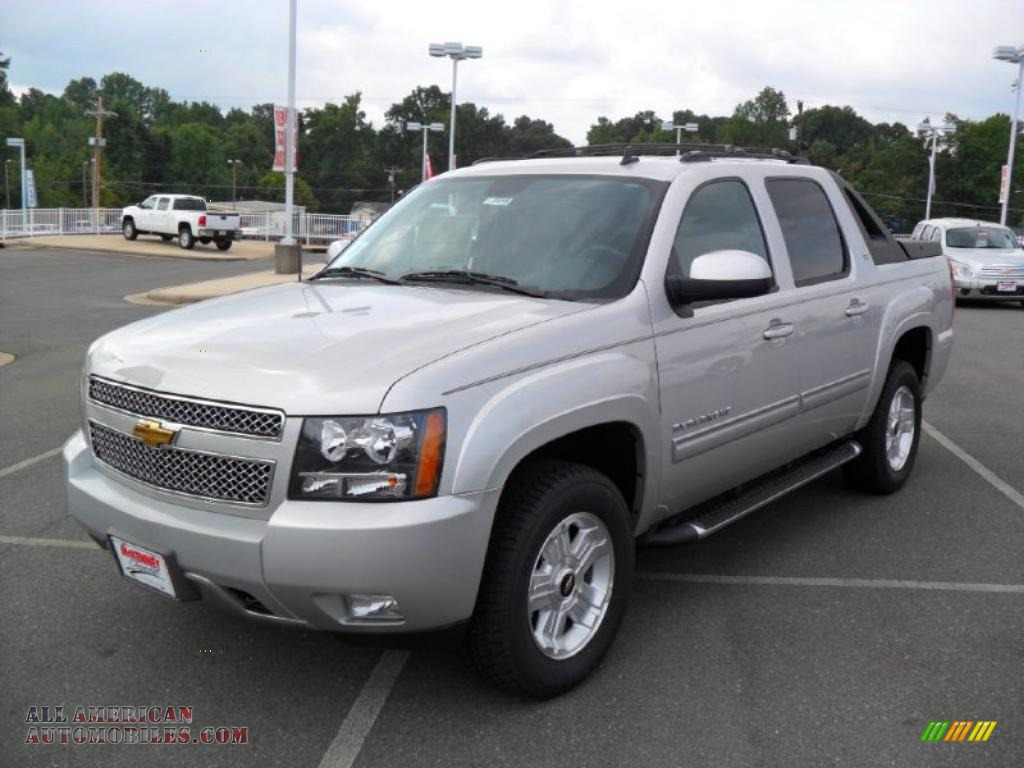 2011 chevrolet avalanche z71 4x4 in sheer silver metallic 102919 all american automobiles. Black Bedroom Furniture Sets. Home Design Ideas