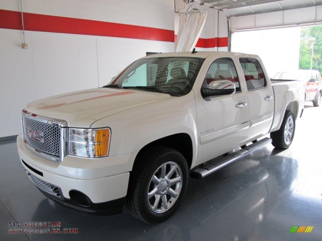 2010 gmc sierra 1500 denali crew cab awd in summit white photo 3 299745 all american. Black Bedroom Furniture Sets. Home Design Ideas