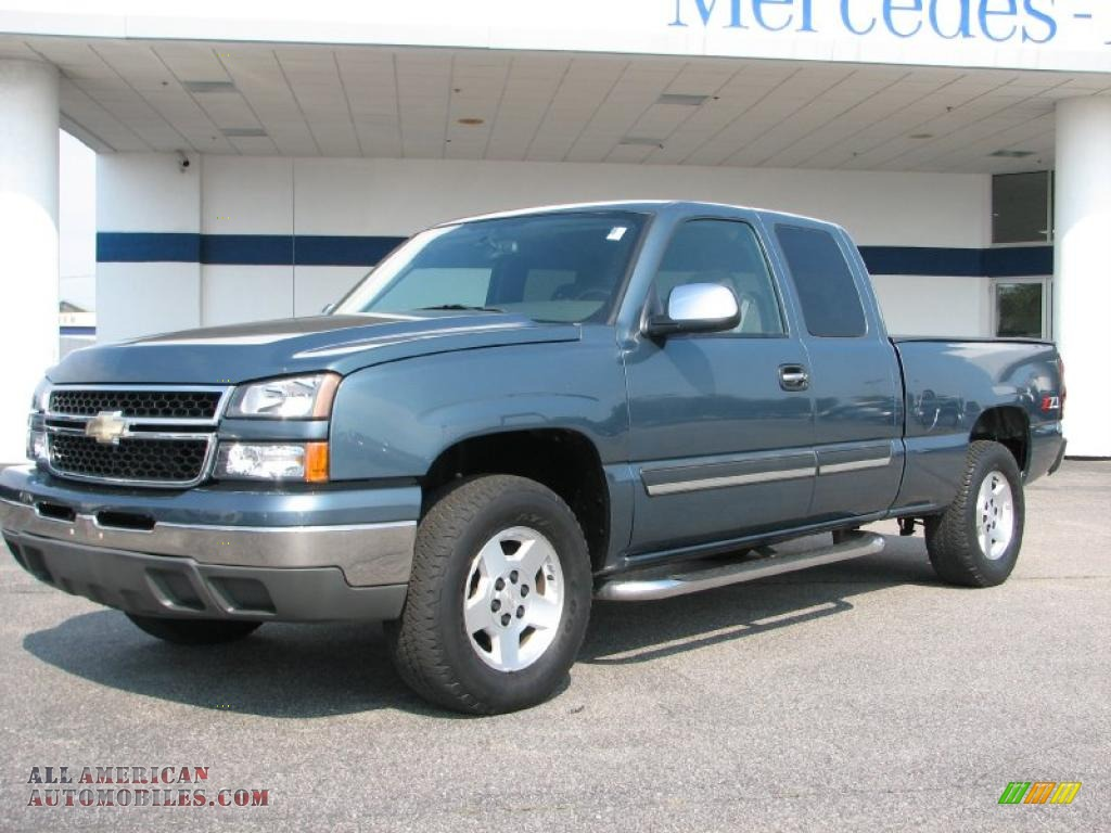 2007 chevrolet silverado 1500 classic z71 extended cab 4x4 in blue granite metallic 157408