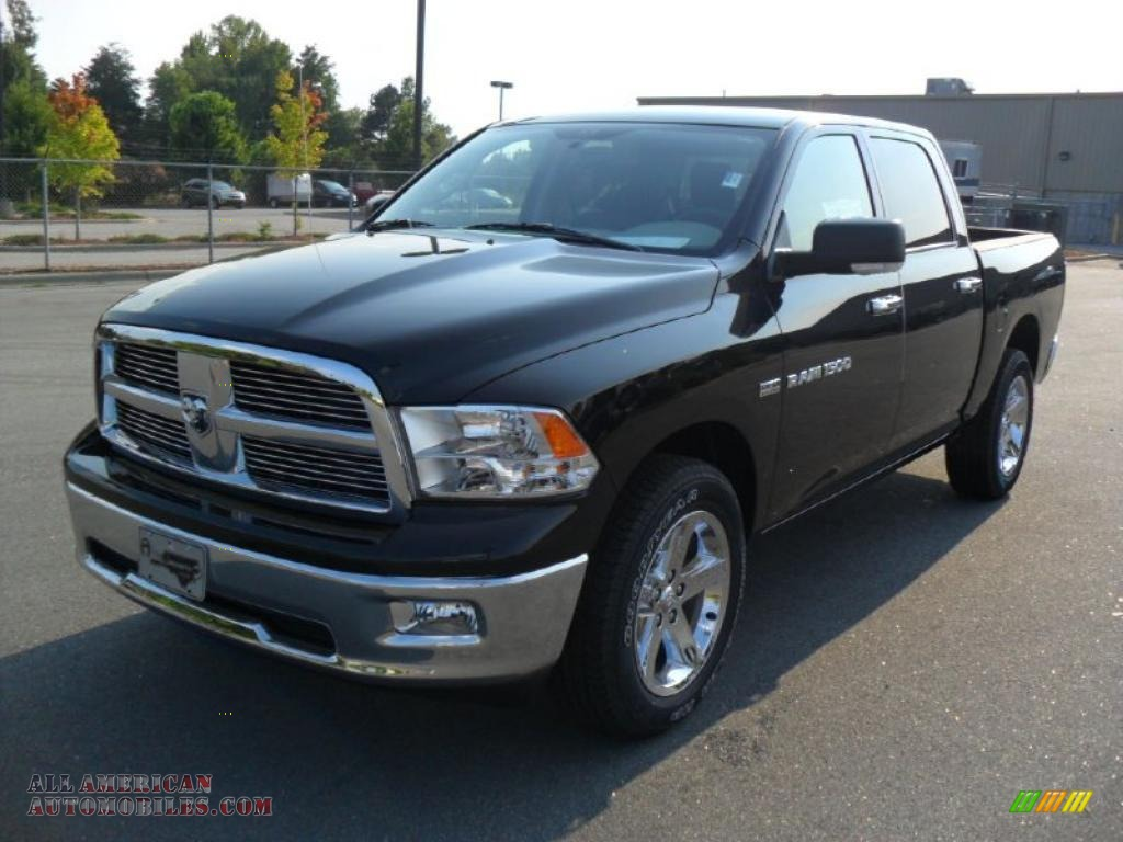2011 dodge ram 1500 big horn crew cab 4x4 in brilliant black crystal pearl 531412 all. Black Bedroom Furniture Sets. Home Design Ideas
