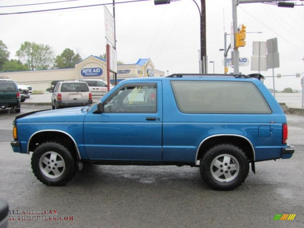 1991 chevrolet s10 blazer tahoe 4x4 in bright blue metallic photo 12 183000 all american. Black Bedroom Furniture Sets. Home Design Ideas