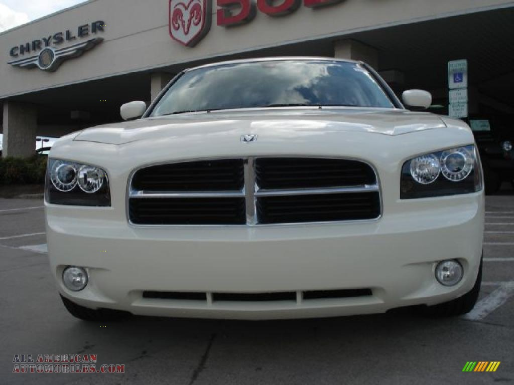 2010 dodge charger r t in cool vanilla photo 8 304481 for Steve white motors inc