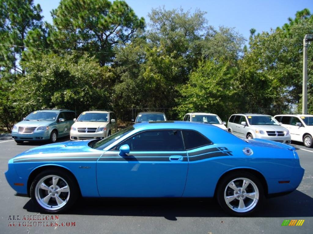 2010 dodge challenger r t classic in b5 blue pearlcoat photo 2 130842 all american. Black Bedroom Furniture Sets. Home Design Ideas