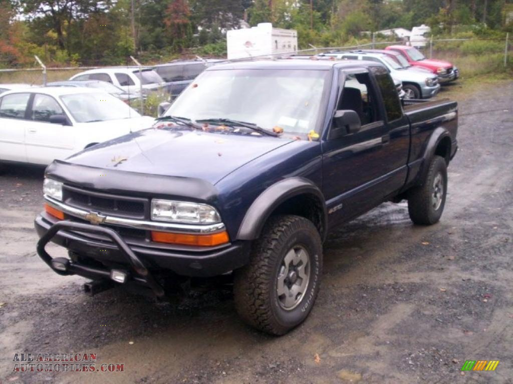 2002 chevrolet s10 zr2 extended cab 4x4 in indigo blue metallic 181747 all american. Black Bedroom Furniture Sets. Home Design Ideas