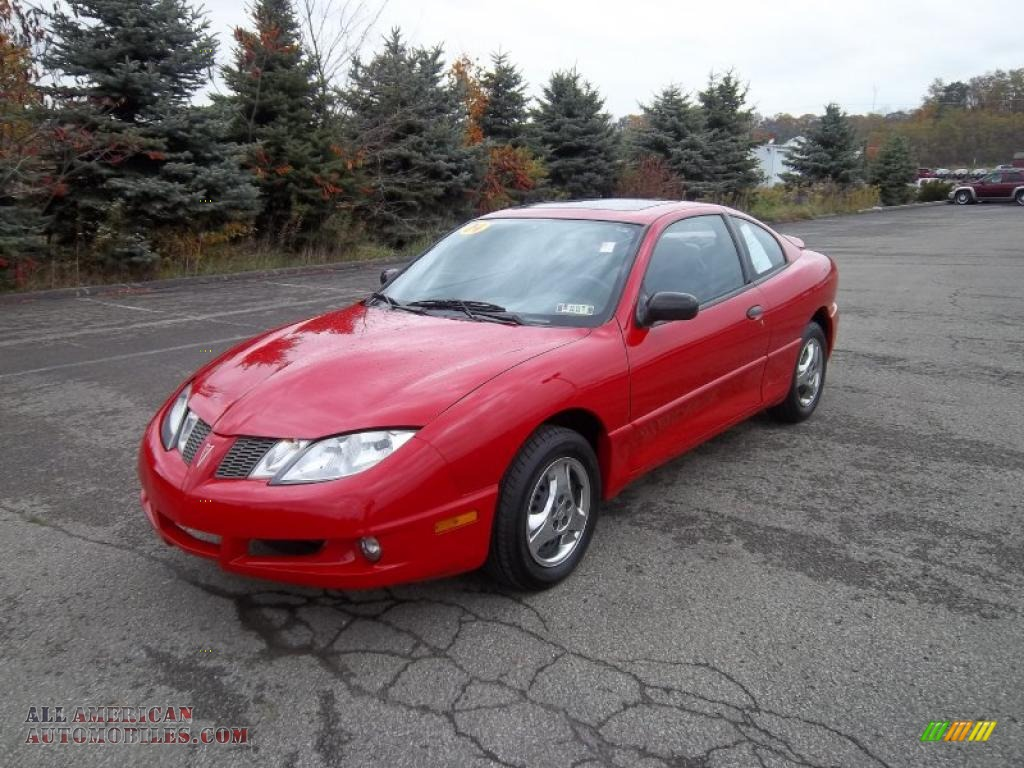 Car For Sale Pontiac Sunfire: 2004 Pontiac Sunfire Coupe In Victory Red Photo #3