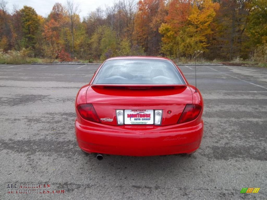 2004 Pontiac Sunfire Coupe In Victory Red Photo 10