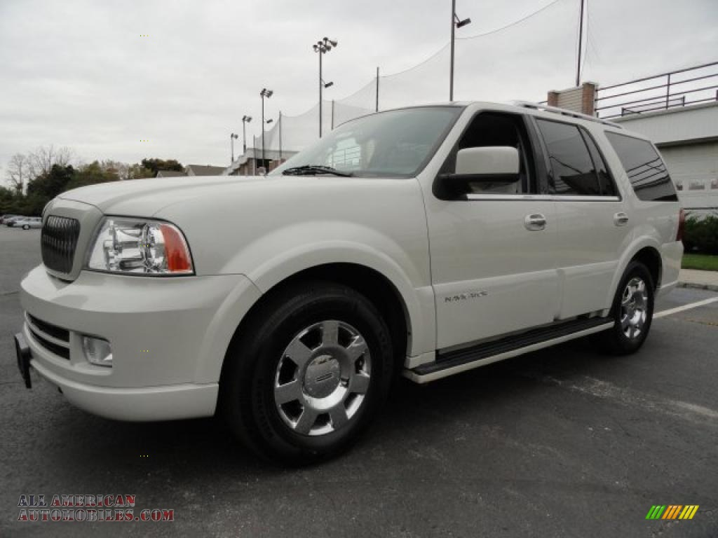 2005 lincoln navigator luxury 4x4 in oxford white j16502. Black Bedroom Furniture Sets. Home Design Ideas