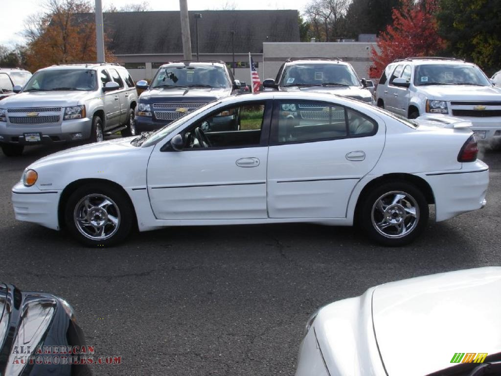 2004 Pontiac Grand Am Gt Sedan In Summit White Photo 9