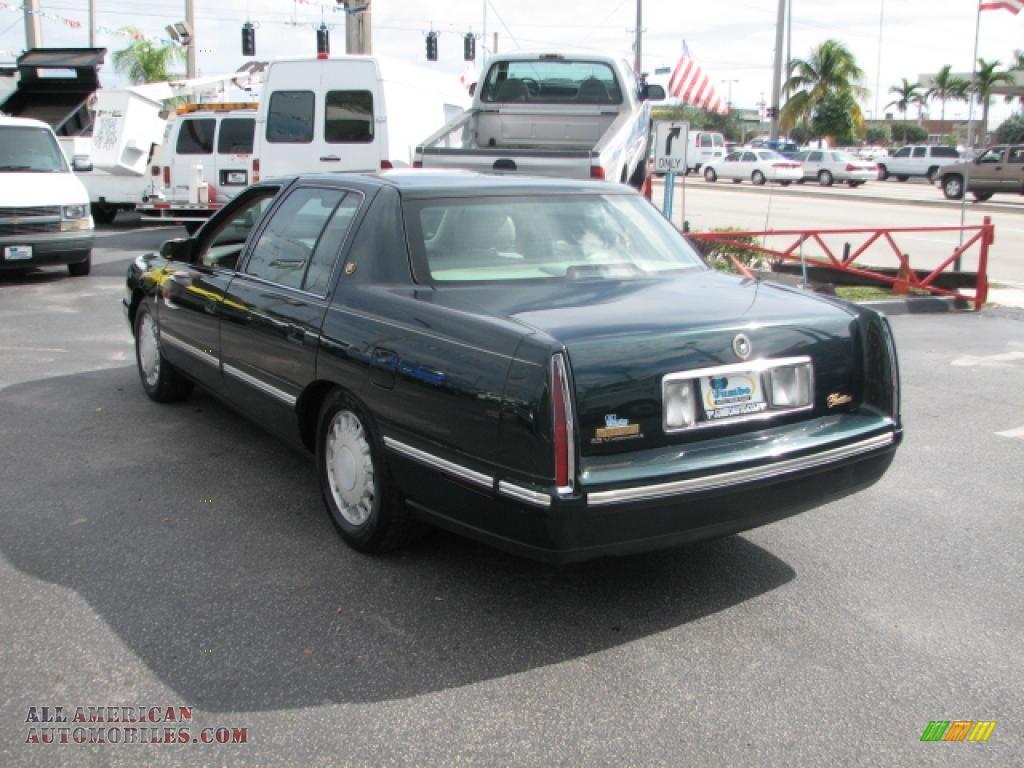 1997 Cadillac DeVille Sedan in Polo Green Metallic photo #6 - 246706