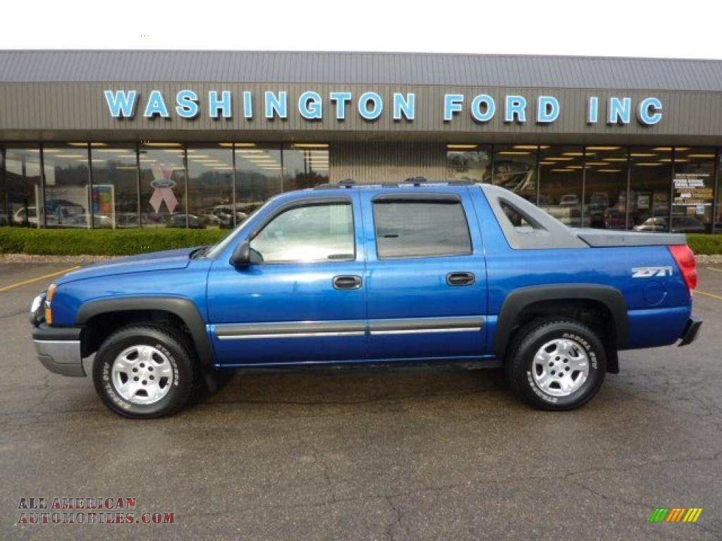 2003 Chevrolet Avalanche 1500 Z71 4x4 In Arrival Blue