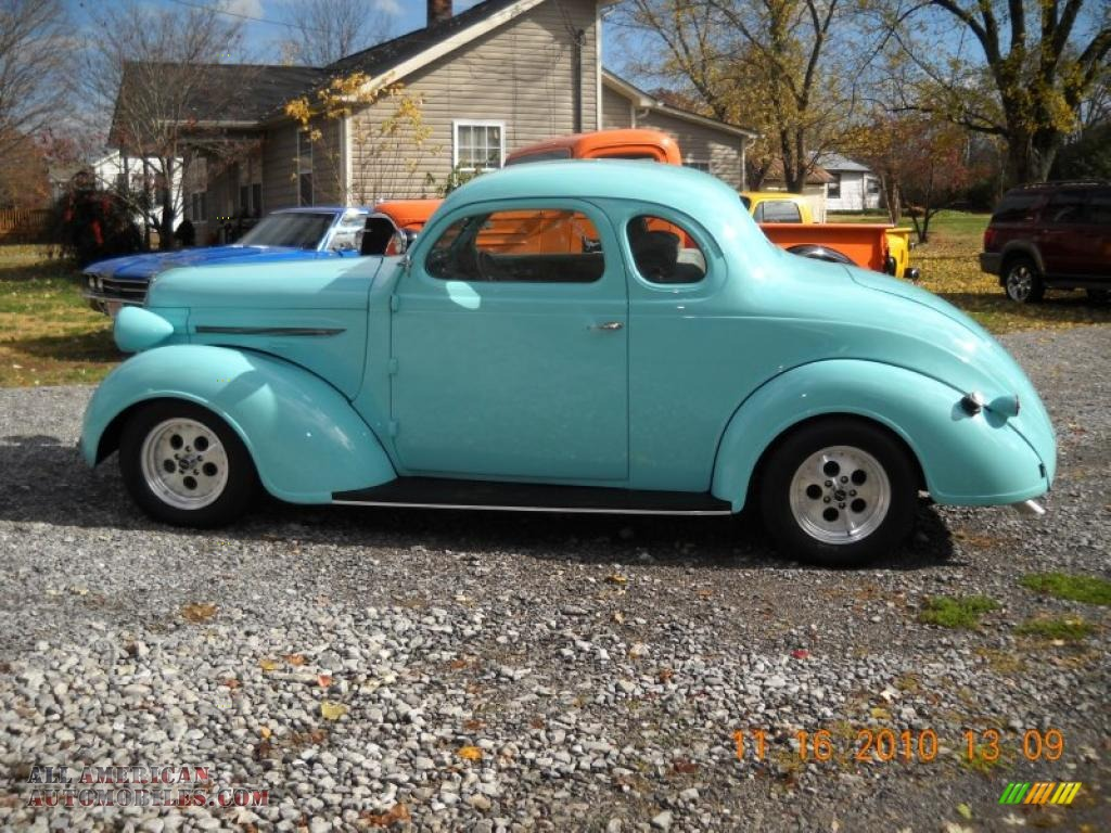 1937 Coupe Custom - Turquoise
