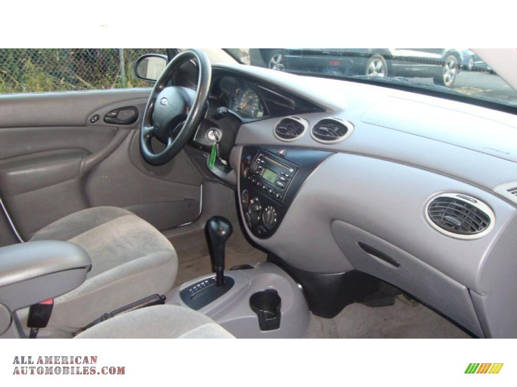 Ford focus 2002 sedan viewing gallery