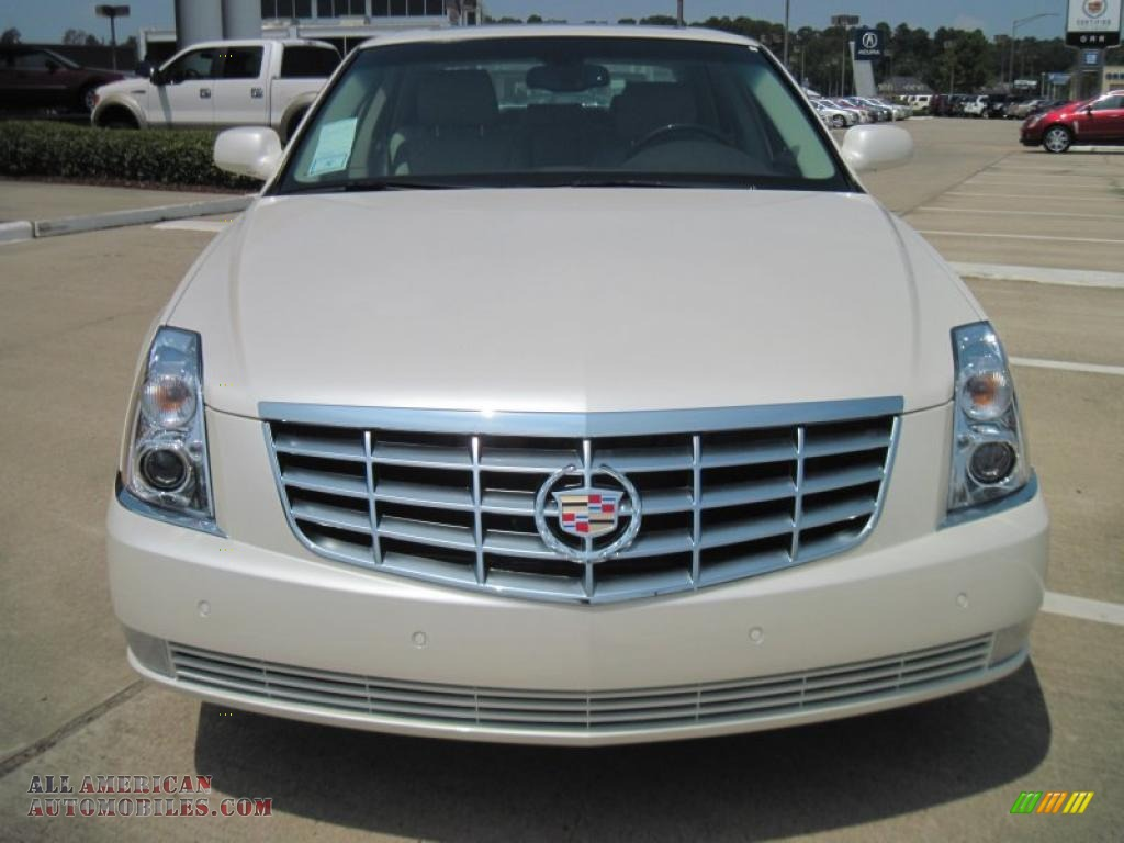 2011 cadillac dts platinum in white diamond tricoat photo 5 125081 all american automobiles. Black Bedroom Furniture Sets. Home Design Ideas