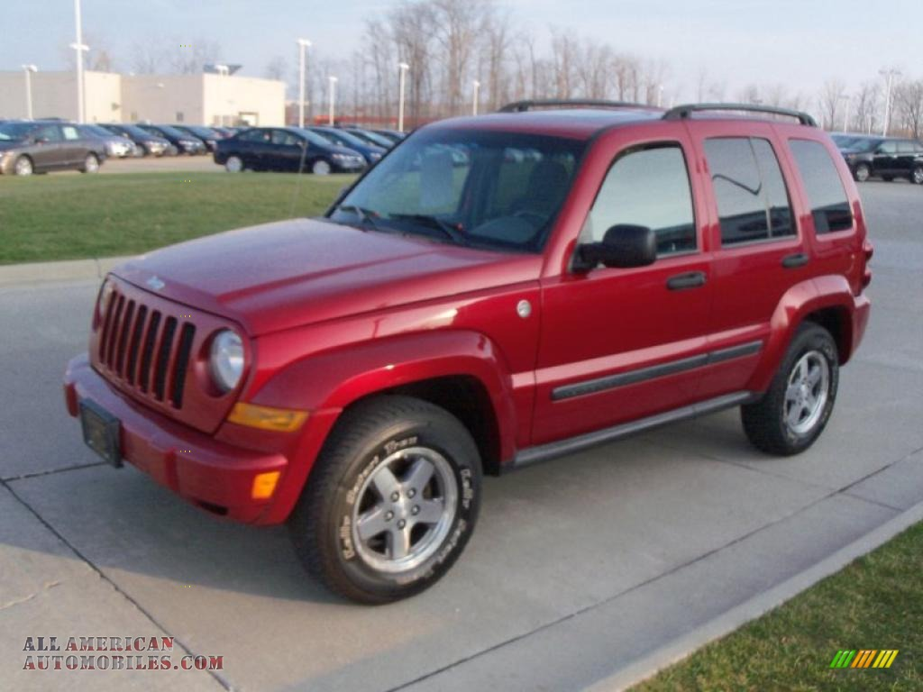 2005 Jeep Liberty Renegade 4x4 In Inferno Red Crystal Pearl Photo 3 Dark Slate Gray Light