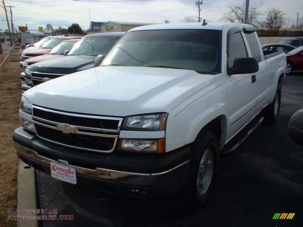 2006 chevrolet silverado 1500 z71 extended cab 4x4 in summit white photo  3