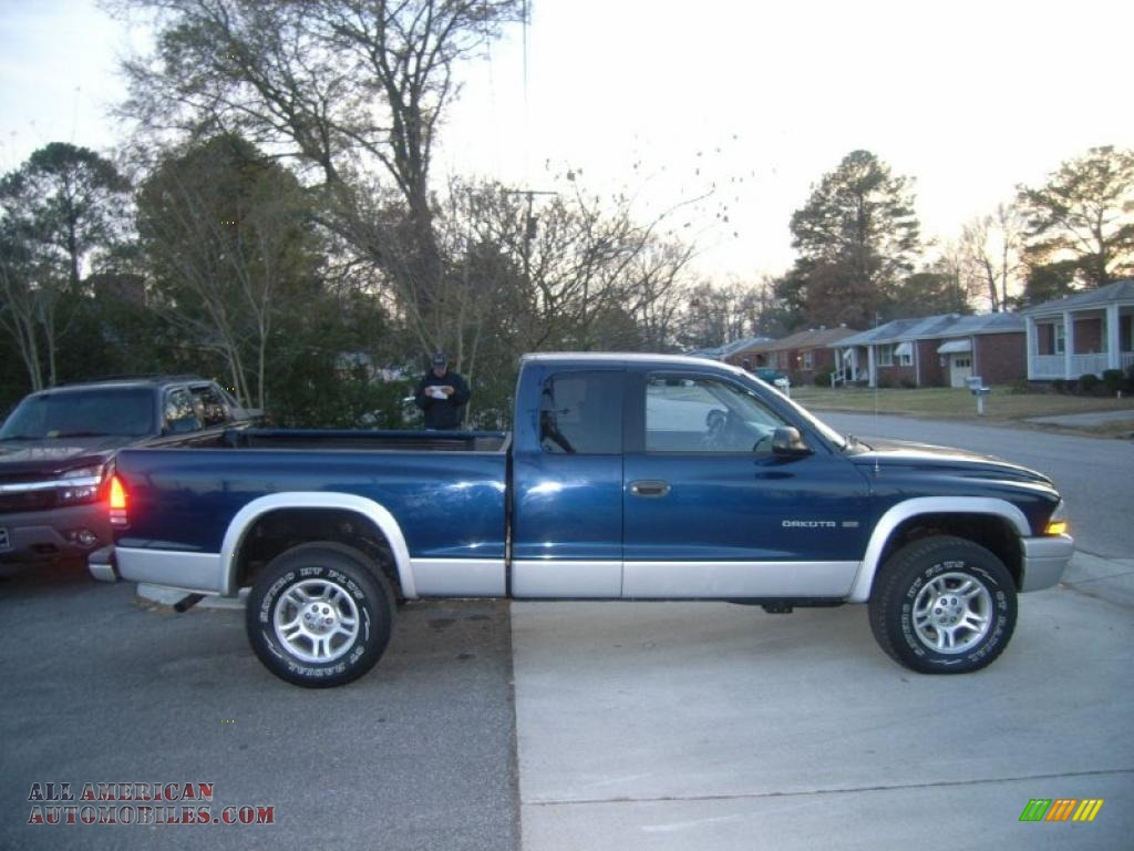 on 2004 Dodge Dakota Club Cab Sxt 4x4