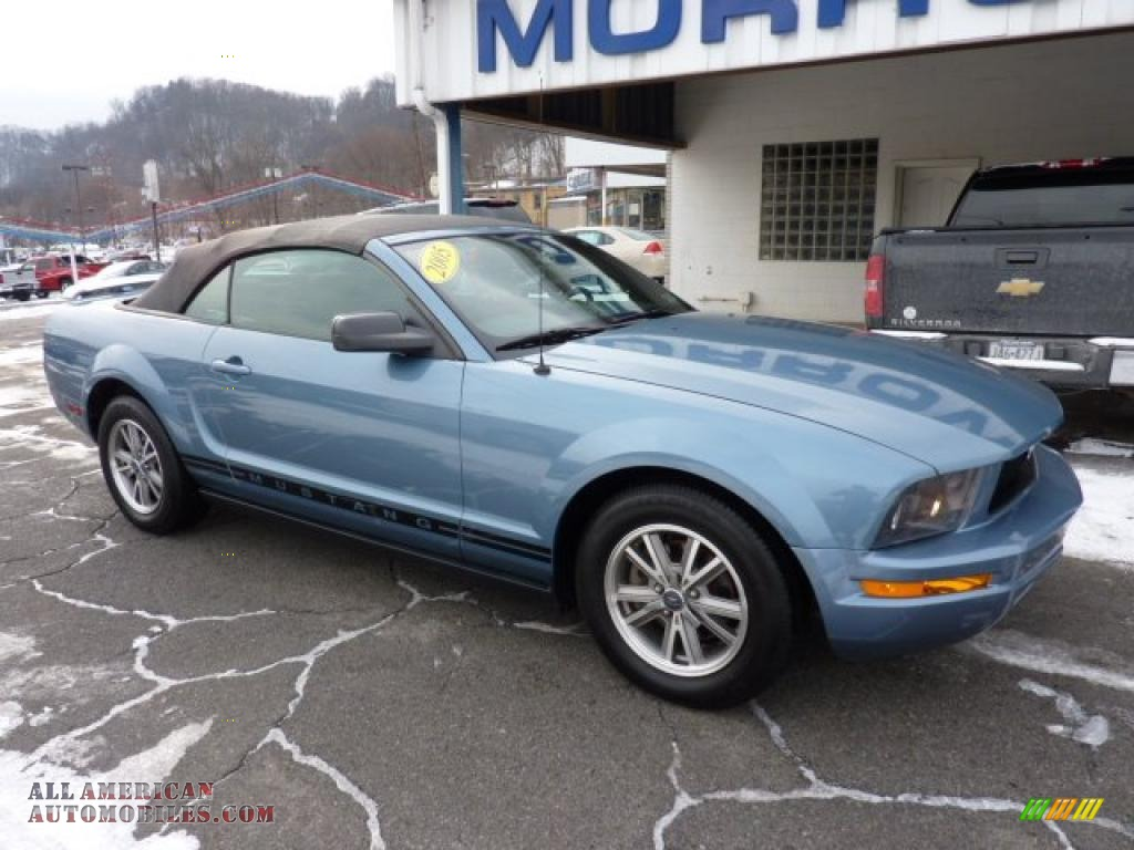 2005 Ford Mustang V6 Deluxe Convertible In Windveil Blue