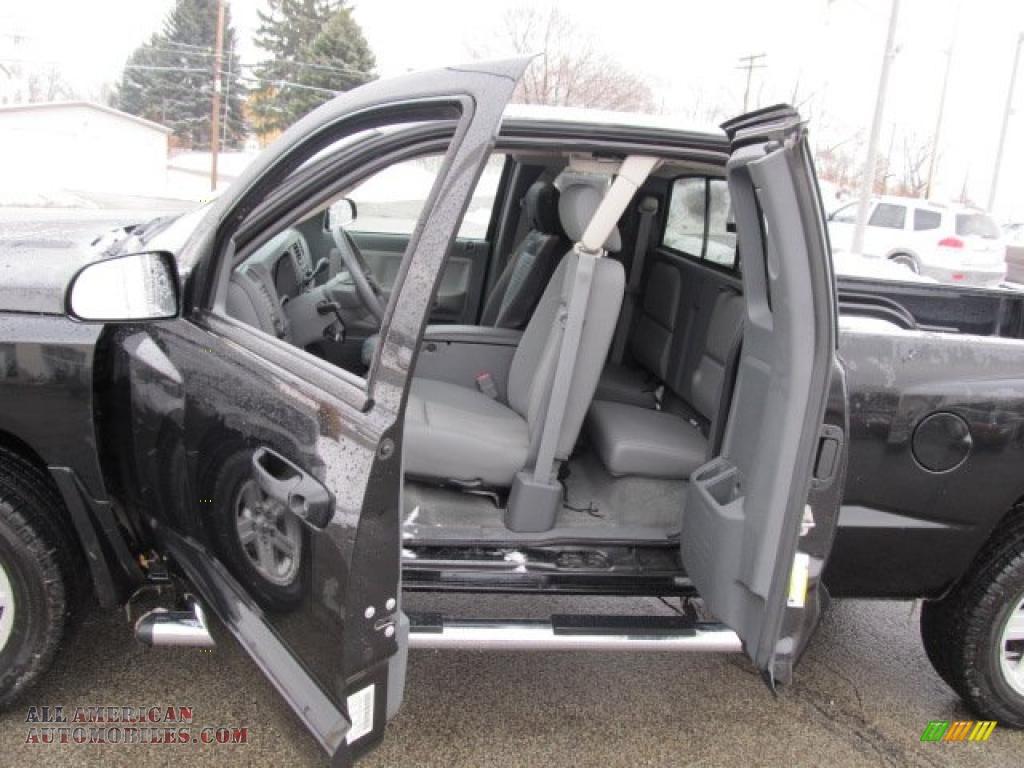 on 2015 Dodge Dakota Buy