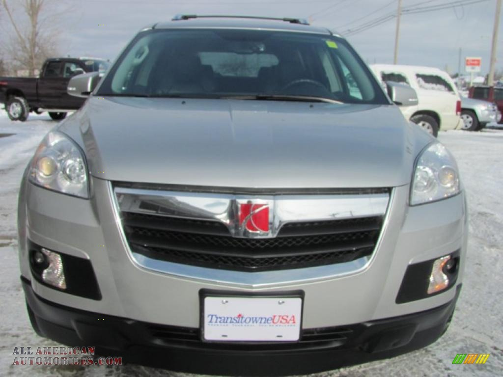 2007 Saturn Outlook Xr Awd In Silver Pearl Photo 26