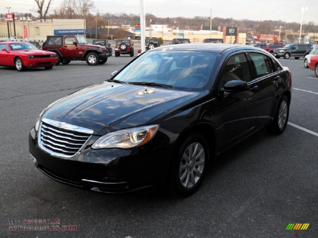 2011 Chrysler 200 Touring In Brilliant Black Crystal Pearl