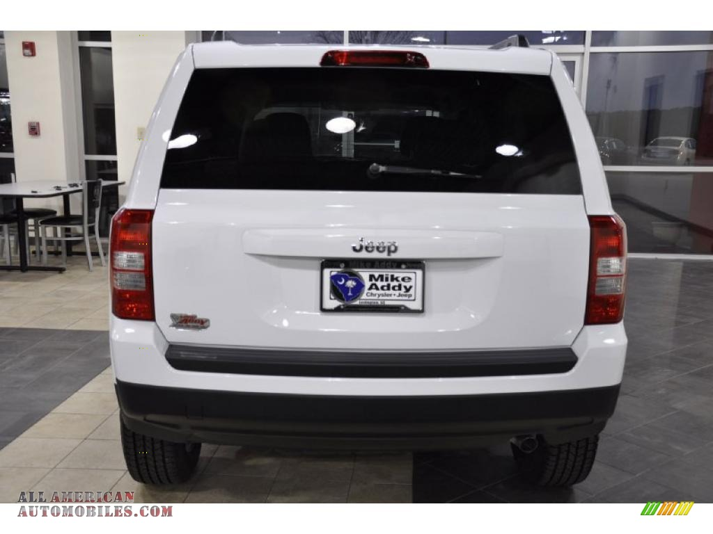 2011 Jeep Patriot Sport In Bright White Photo 6 118675