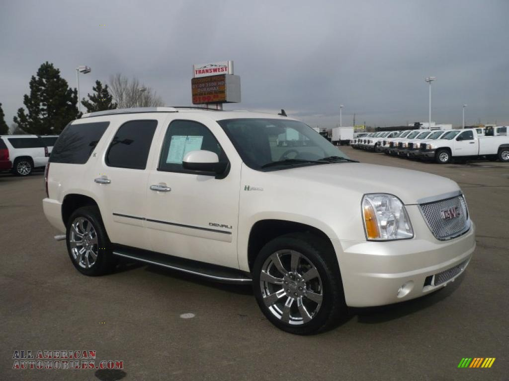 2010 gmc yukon hybrid denali 4x4 in white diamond tricoat 235691 all american automobiles. Black Bedroom Furniture Sets. Home Design Ideas
