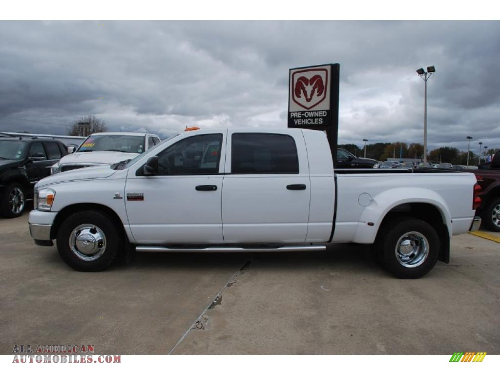 2007 dodge ram 3500 slt mega cab dually in bright white photo 2 841472 all american. Black Bedroom Furniture Sets. Home Design Ideas