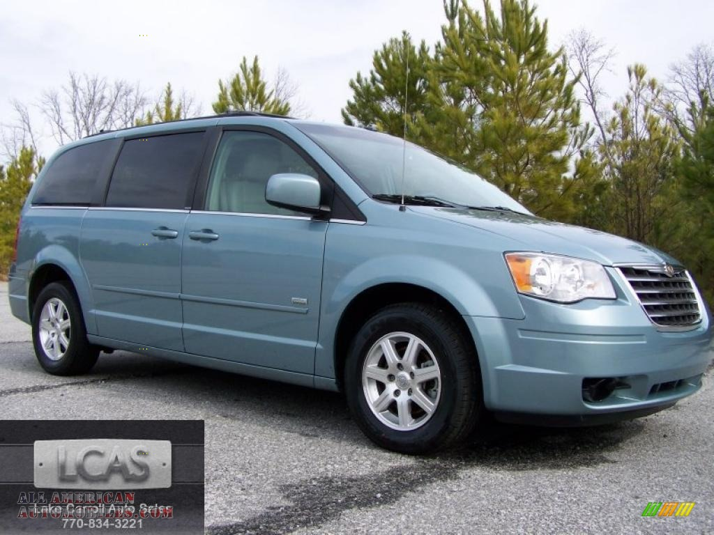 2008 chrysler town country touring signature series in clearwater blue pearlcoat 720176. Black Bedroom Furniture Sets. Home Design Ideas