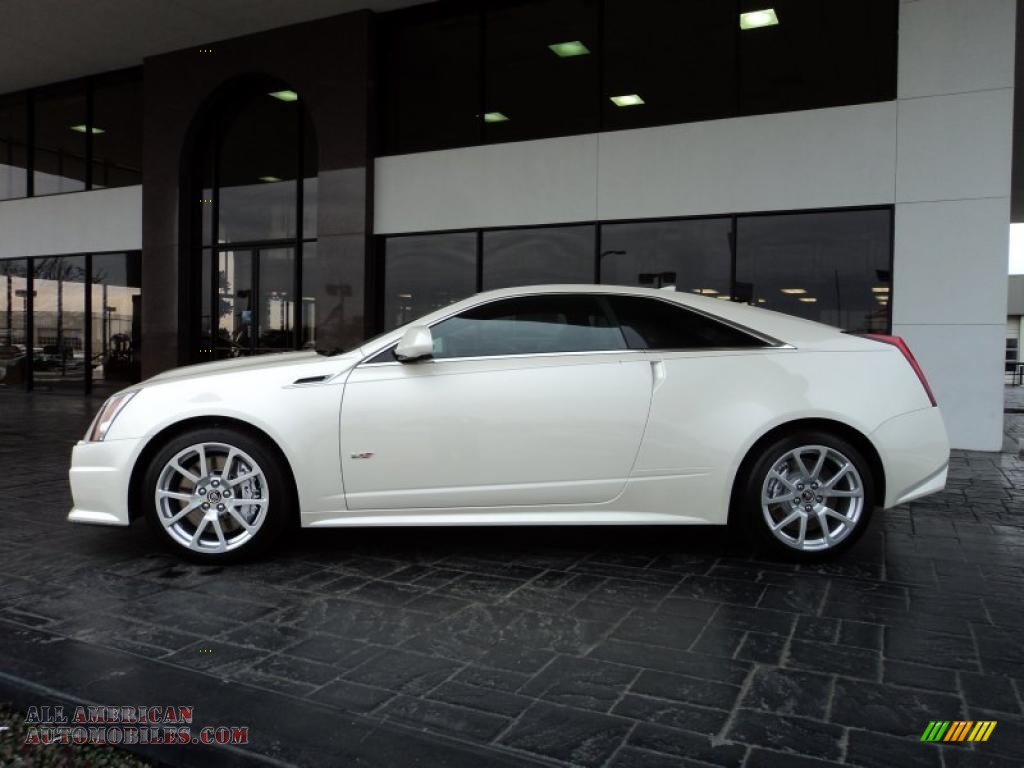 2011 Cadillac Cts V Coupe In White Diamond Tricoat Photo