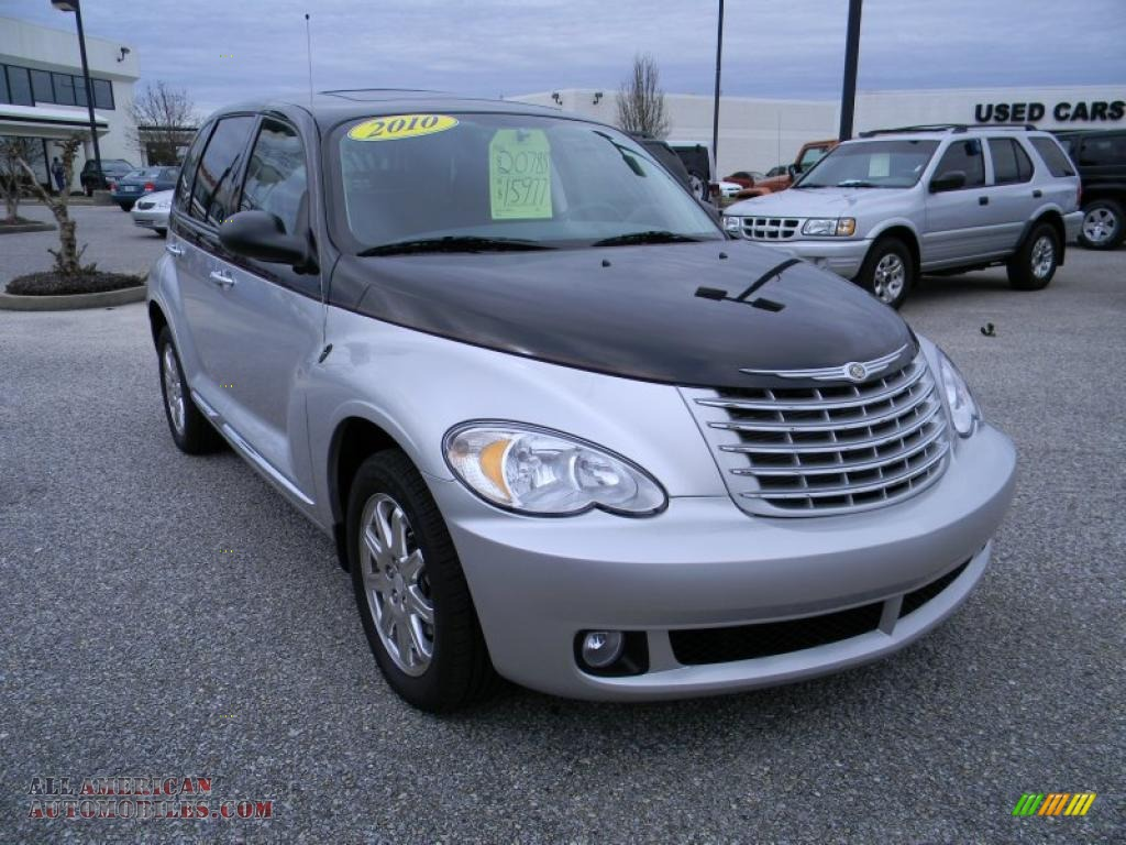 2010 chrysler pt cruiser couture edition in two tone silver black photo 7 212112 all. Black Bedroom Furniture Sets. Home Design Ideas