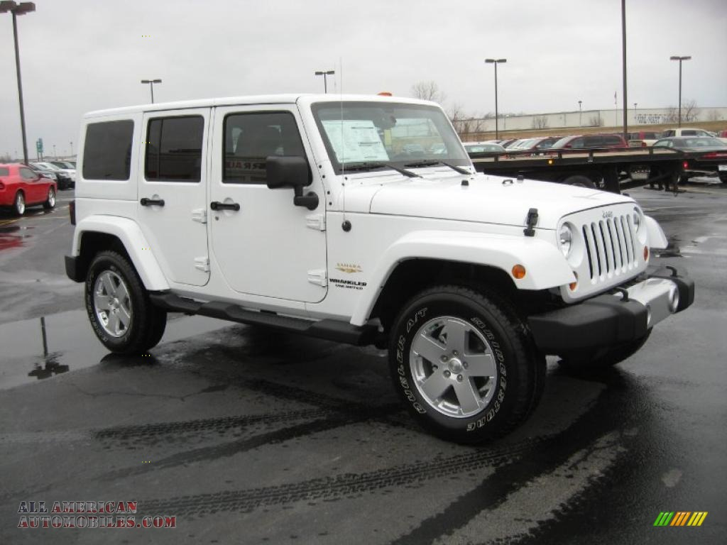 2011 jeep wrangler unlimited sahara 4x4 in bright white photo 3 568425 all american. Black Bedroom Furniture Sets. Home Design Ideas