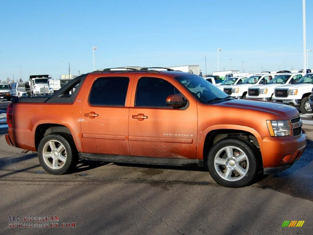 2007 chevrolet avalanche ltz 4wd in sunburst orange. Black Bedroom Furniture Sets. Home Design Ideas