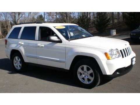 White Jeep Grand Cherokee 2010. 2010 Jeep Grand Cherokee