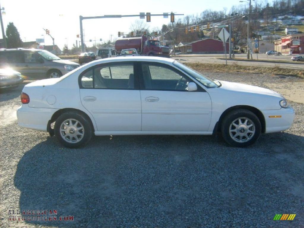 1997 Chevrolet Malibu LS Sedan in Bright White photo #6 - 104009 | All ...
