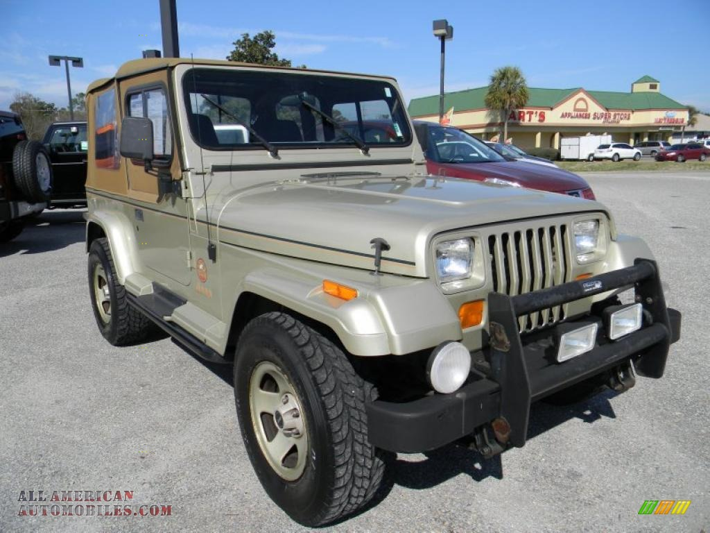 1992 jeep wrangler sahara 4x4 in light champagne metallic photo 7 524668 all american. Black Bedroom Furniture Sets. Home Design Ideas