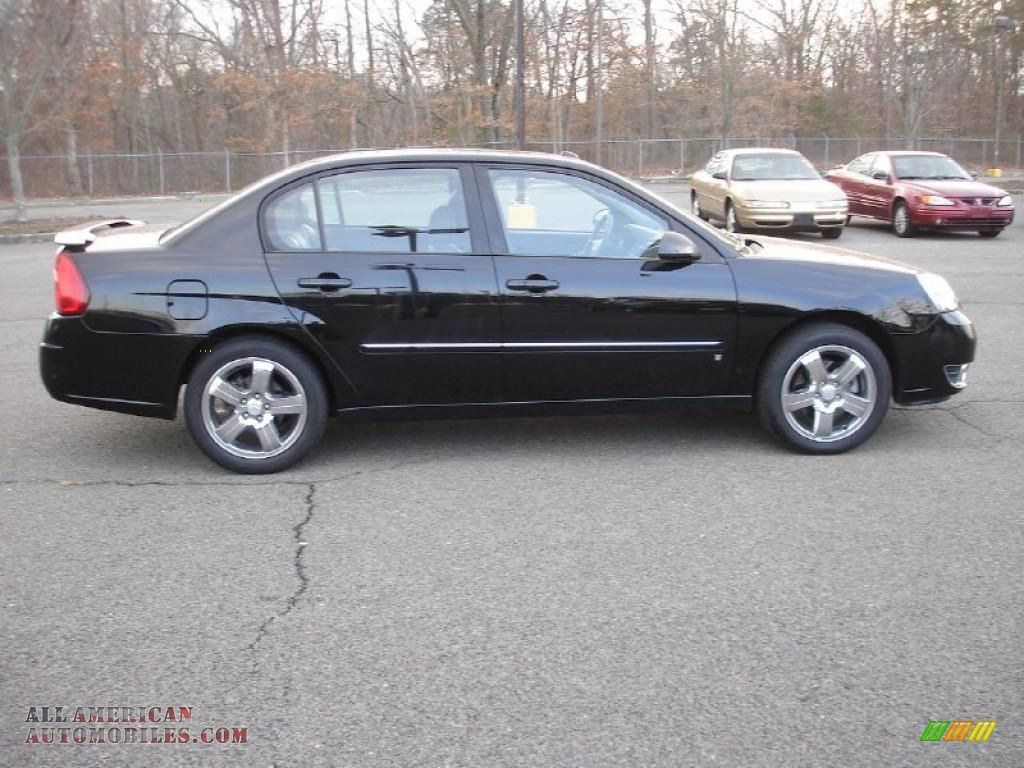 2007 Chevrolet Malibu LTZ Sedan in Black photo #7 - 250439 | All ...