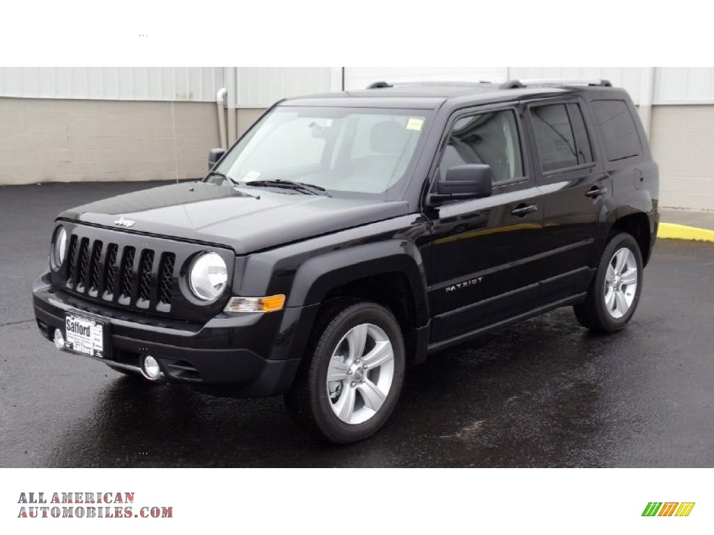 2011 jeep patriot latitude x in brilliant black crystal. Black Bedroom Furniture Sets. Home Design Ideas