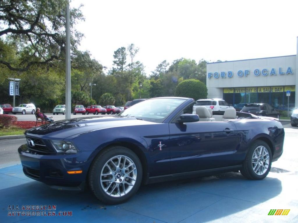 2012 ford mustang v6 premium convertible in kona blue metallic photo 4 204544 all american. Black Bedroom Furniture Sets. Home Design Ideas